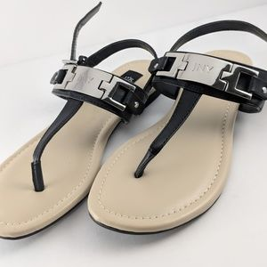 Jones New York Black Leather Thong Strap Sandals